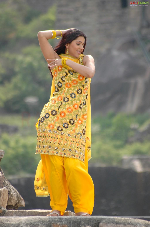 rastra nirman mein nari ke bhumika Free essays on rashtra nirman me shikshak ki bhumika get help with your writing 1 through 30.