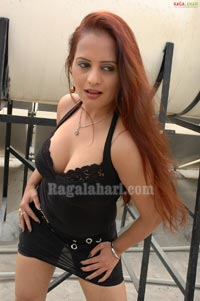 Tanisha Photo Gallery