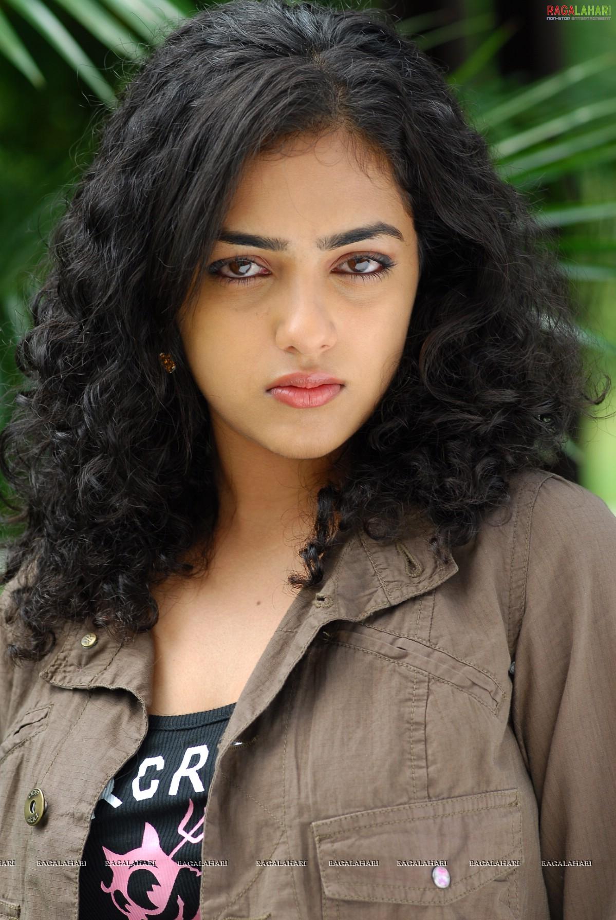 nithya menon (hi-res) image 1 | telugu actress gallery,images