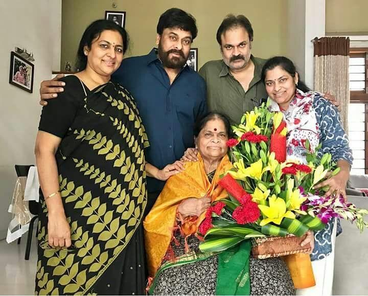 megastar-chirajneevi-family-mother-anjana-devi-nag