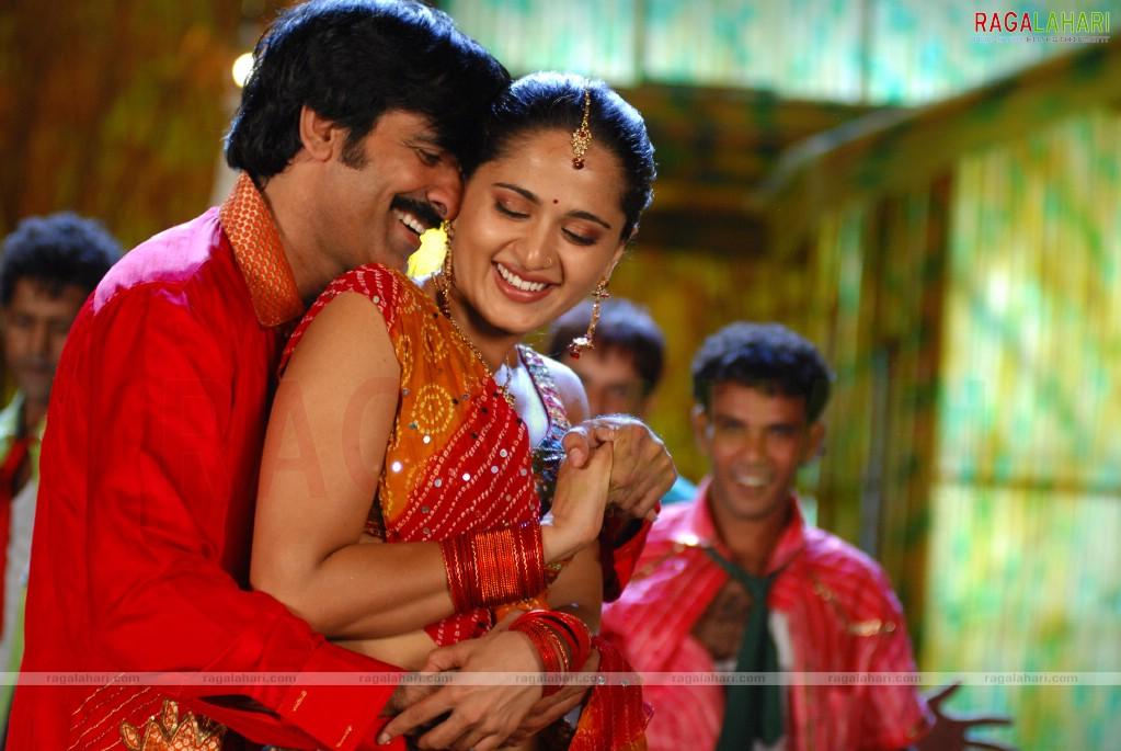 Baladur Telugu Movie Songs Lyrics